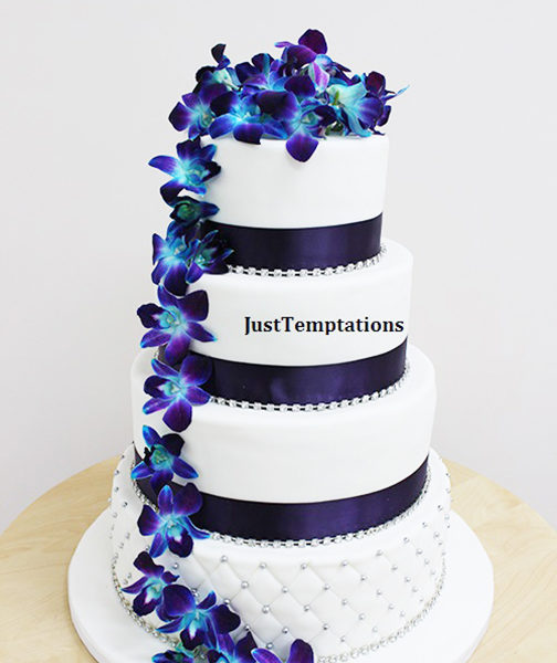 blue floral wedding cake