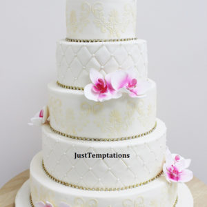 cream pearl and pink floral wedding cake