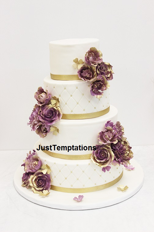 floral wedding cake with gold details