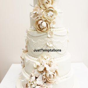 pastel chic wedding cake
