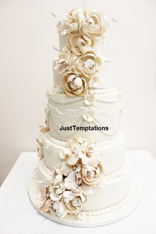 pastel chic wedding cake