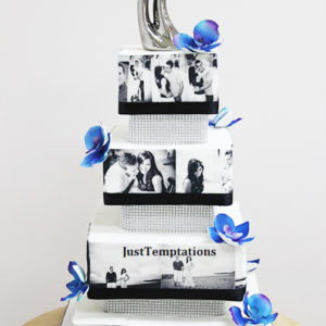 wedding cake with photographs