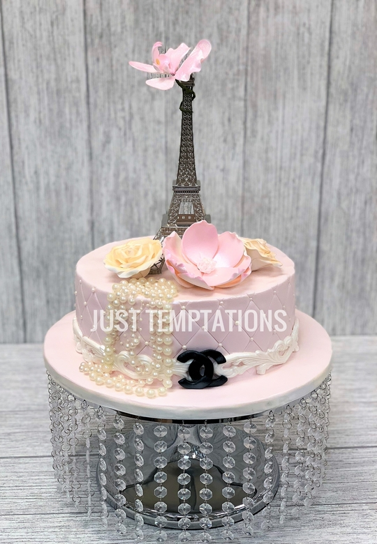 cute pink birthday cake